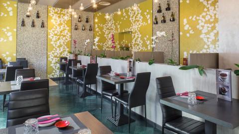 Shiny Sushi And Fusion Restaurant, Milano