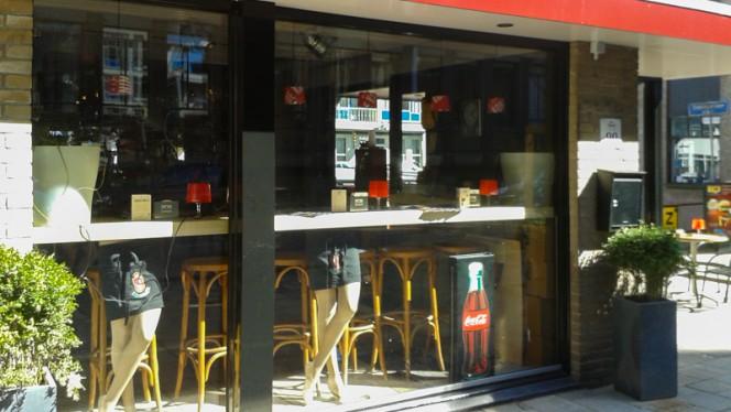 Bar aangezicht - Eet- en Biercafe Haagse Bluf, Rotterdam