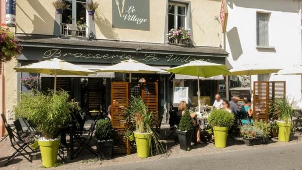 Brasserie le Village La Facade du restaurant, devant
