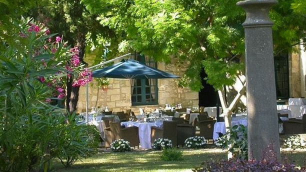 Najeti Restaurant le Mûrier Jardin du restaurant La Magnaneraie