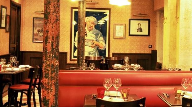 La Cuisinière Lyonnaise Vue de l'intérieur