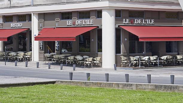 Le 4 de L'ile Facades rue Kervégan-Cours Olivier de Clisson