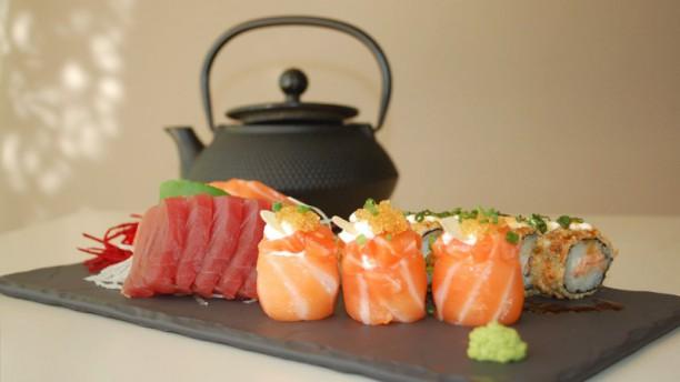 Genki Sushi Restaurant Sushi