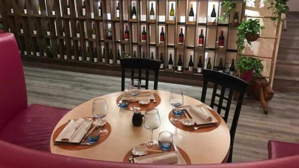 Ir Sushi Ayala Sala del restaurante