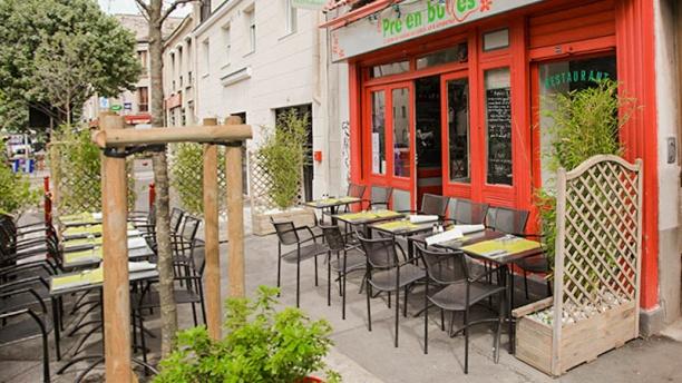 Le Pré en Bulles - Chez Martine La terrasse