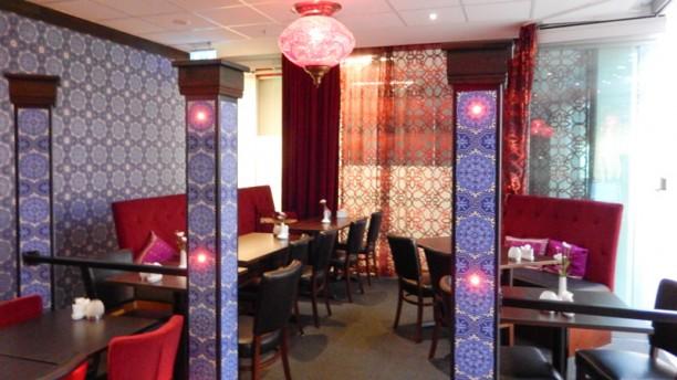 Mezze dining room