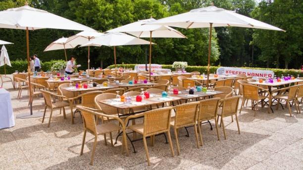 La Grange aux Ormes Terrasse du restaurant