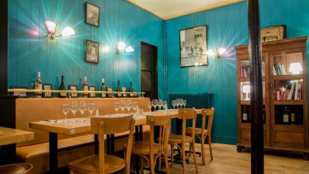 Les Demoiselles Café Restaurant 17ème Vue salle