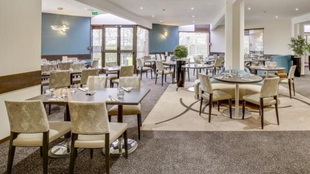 Le Transat - Hôtel Mercure Maurepas Saint-Quentin Salle de restaurant