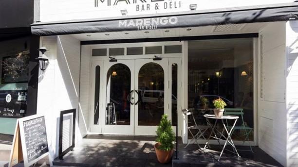 Marengo Bar & Deli La entrada