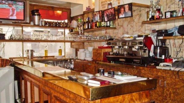La Boule Rouge Restaurant Paris