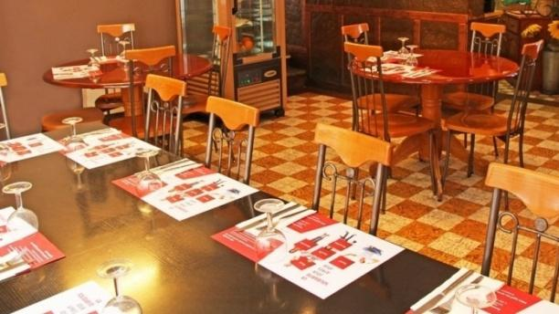 Café-Restaurant de la Tour Table dressée