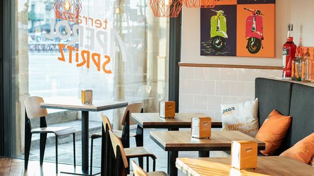 restaurante terrazza aperol spritz en barcelona ciutat