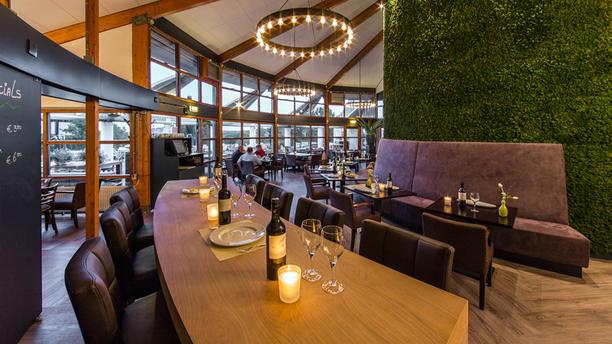 Brasserie De Hooge Rotterdamsche Het restaurant