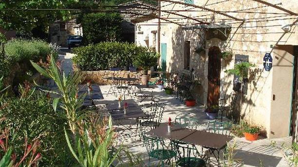 Auberge de Courmes Restaurant