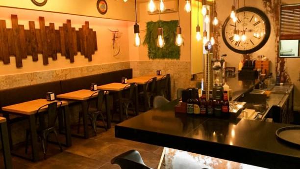 Leandre Gastro - Bar Sala