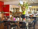 Café Restaurant Floor