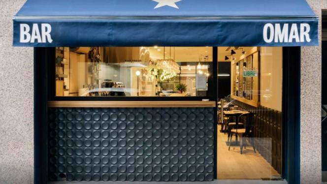 Fachada - Bar Omar, Barcelona