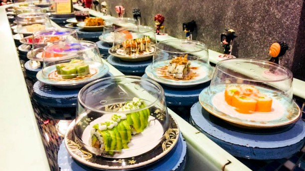 Komé sushi bar flottant