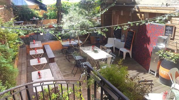 Beau (Beau) Bar Vue de la terrasse