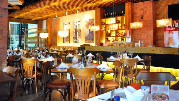 La Pasta Gialla - Dom Luiz rw sala