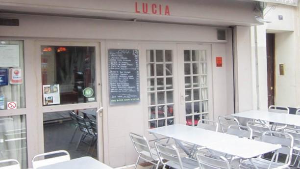 restaurant lucia paris avis menu et prix. Black Bedroom Furniture Sets. Home Design Ideas