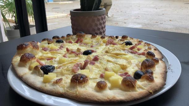 La Pizza des Cocotiers pizza