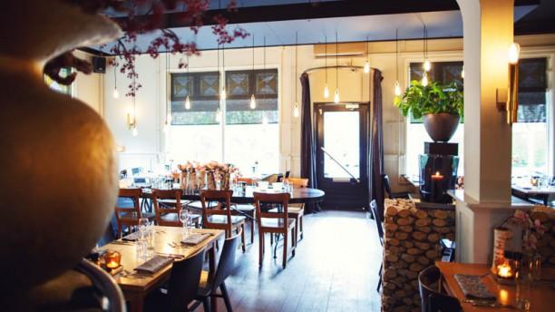 Bistro Wilde Zwijnen - Stoer eten restaurantzaal