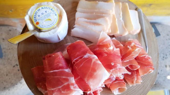 Ham & Cheese Board - Chiado Wine Bar, Lisboa