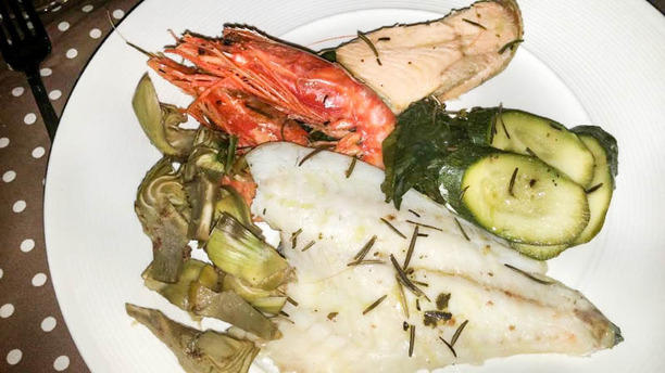 Il principe e l'oste pesce con verdure