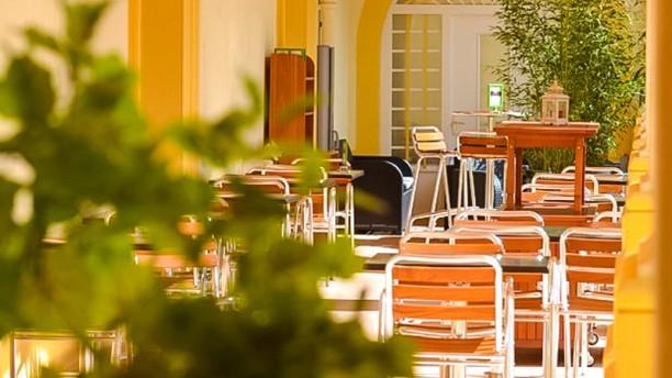 Restaurant du Cloître Aperçu de la terrasse