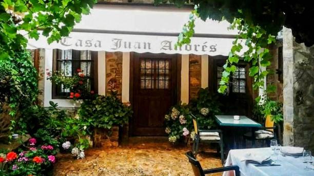 Casa Juan Andrés Entrada
