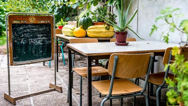 La popote, cantine locale et bio En terrasse