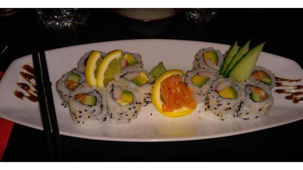 Akio plat