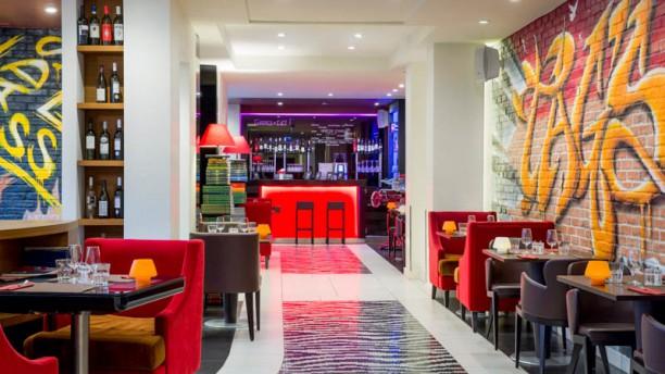 Tag's Café - Hôtel N'vY Vue de la salle