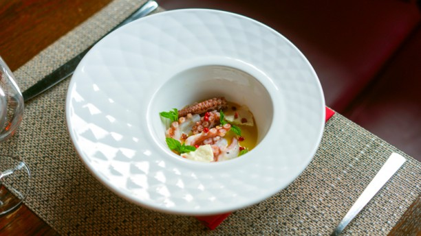 SUD Polpo, maionese al cocco, limoncella e pepe rosa
