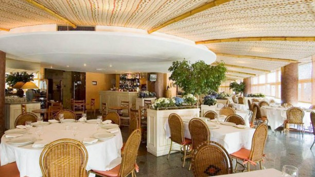 Aspargus Restaurante Vista da sala