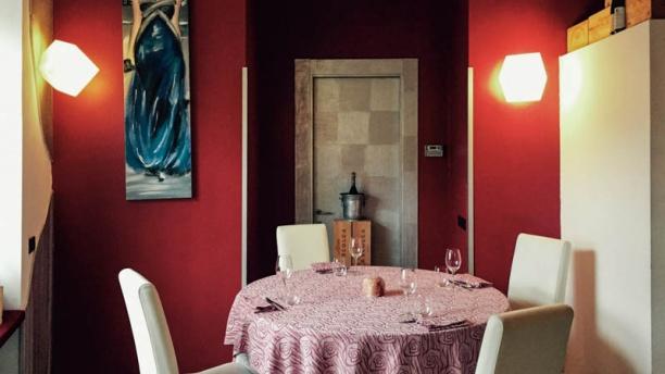 Rosso di Sera Il tavolo
