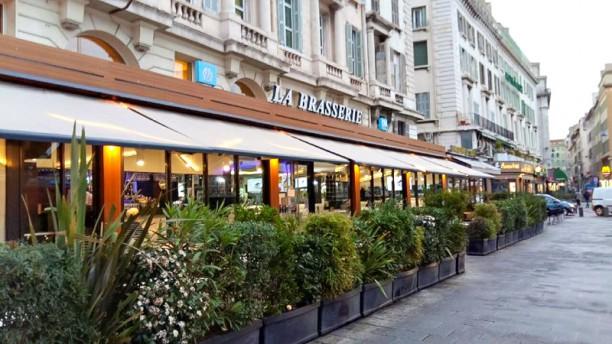 La Brasserie du port, OM Café Aperçu de l'extérieur