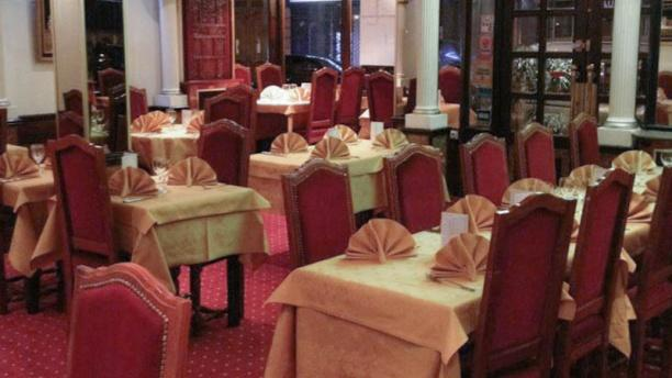 Les jardins de shah jahan in paris restaurant reviews for Restaurant dans jardin paris