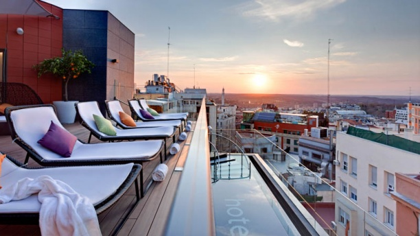 Andrea Tumbarello - Hotel Indigo Vista terraza