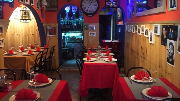Restaurant and Tapas-Lisboa Sala