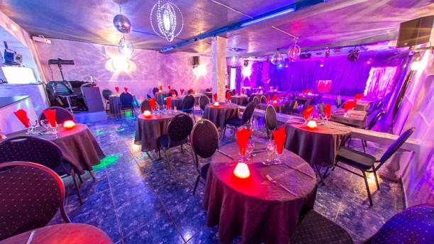 Cabaret Le Moulin Bleu Vue de la salle