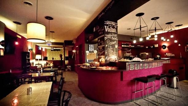 Valìa Drink Food Music Vista sala
