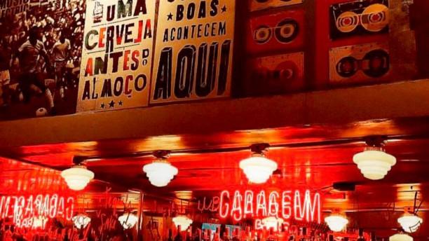 Garagem Bar comes e bebes Detalhe de decoração