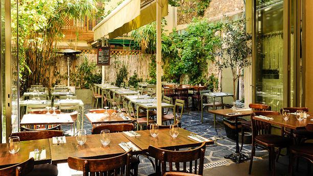 Restaurant le square marcadet paris 18 me montmartre - Restaurant terrasse ou jardin paris limoges ...