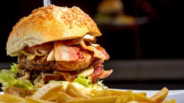 Vintage Burger Burger John Wayne