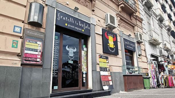 Fratelli La Bufala - Garibaldi entrata