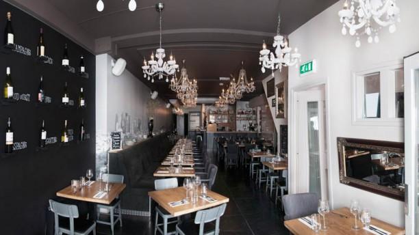 Bistro - Wijnbar Klein Parijs Het restaurant