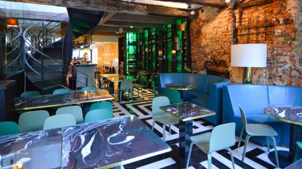Feliz Fine Food Restaurant